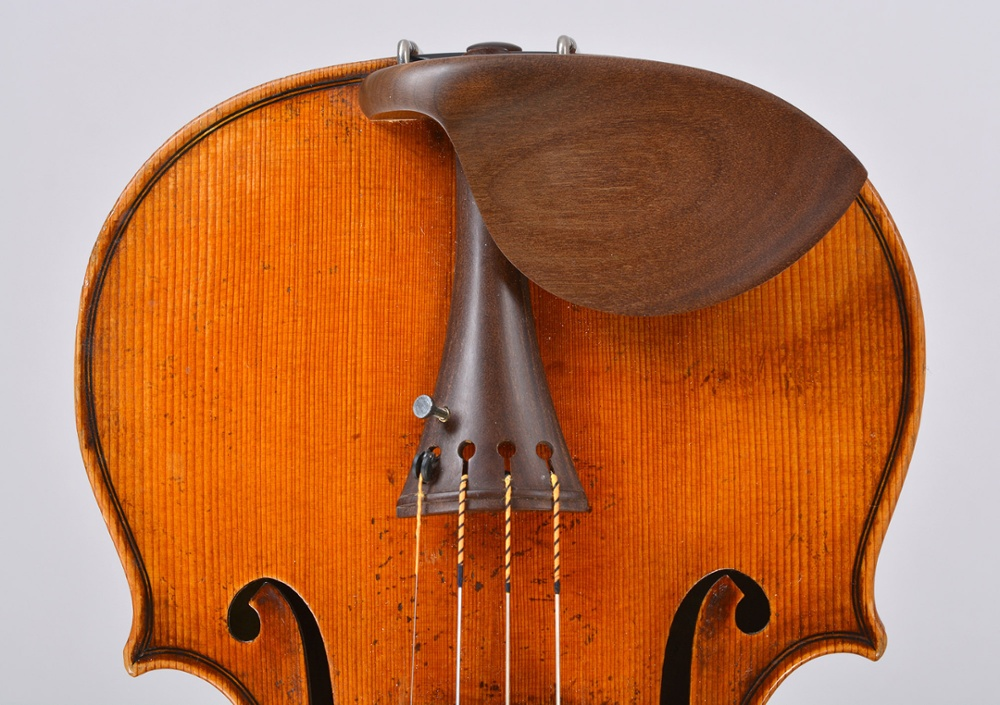 Sonowood violin chin rest made of maple